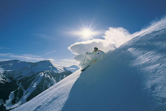 10 Tage Skireise Jasper inkl. Flug, Transfer, Hotel und Skipass