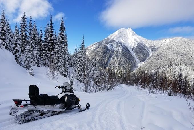 Snowmobile Tour ab Banff